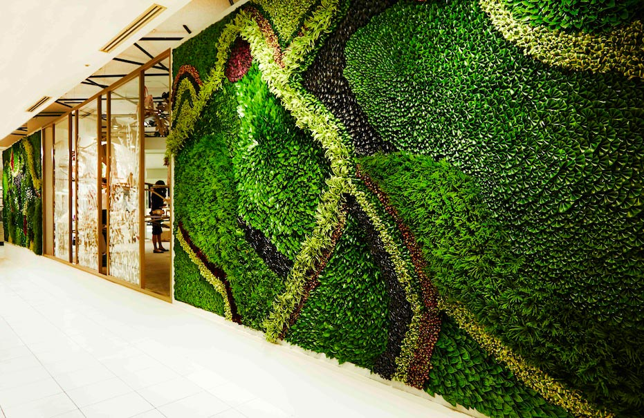 Collapsible leaves for Salvatore Ferragamo at Isetan Shinjuku by Makoto Azuma