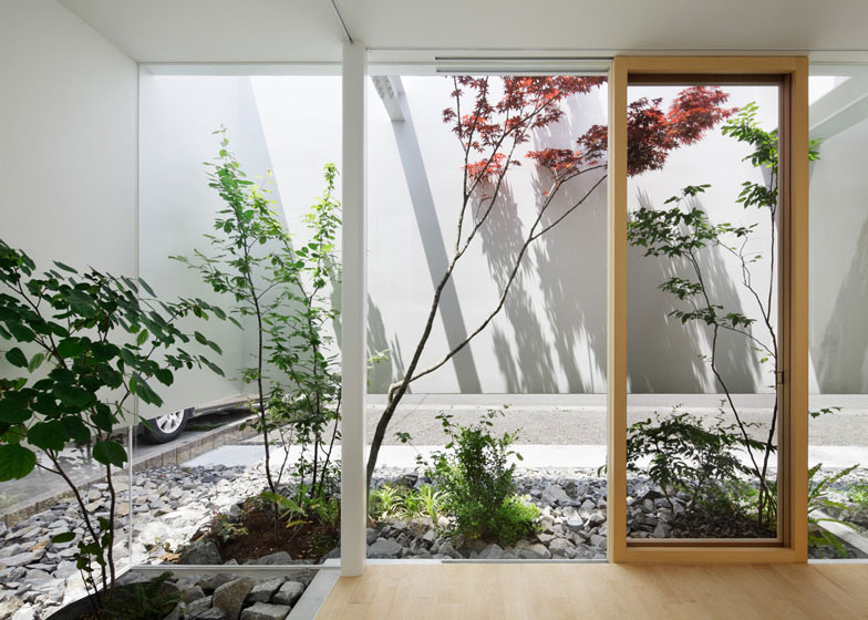 5 modern japanese houses without windows - japanese design | a