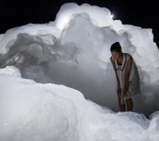 Foam installation by Kohei Nawa