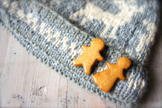 Gingerbread Men - brooches by m.a*