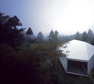 Villa / Gallery in Karuizawa forest by Makoto Yamaguchi